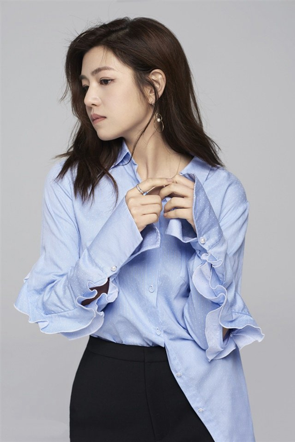 辣妈陈妍希时尚写真手机壁纸1